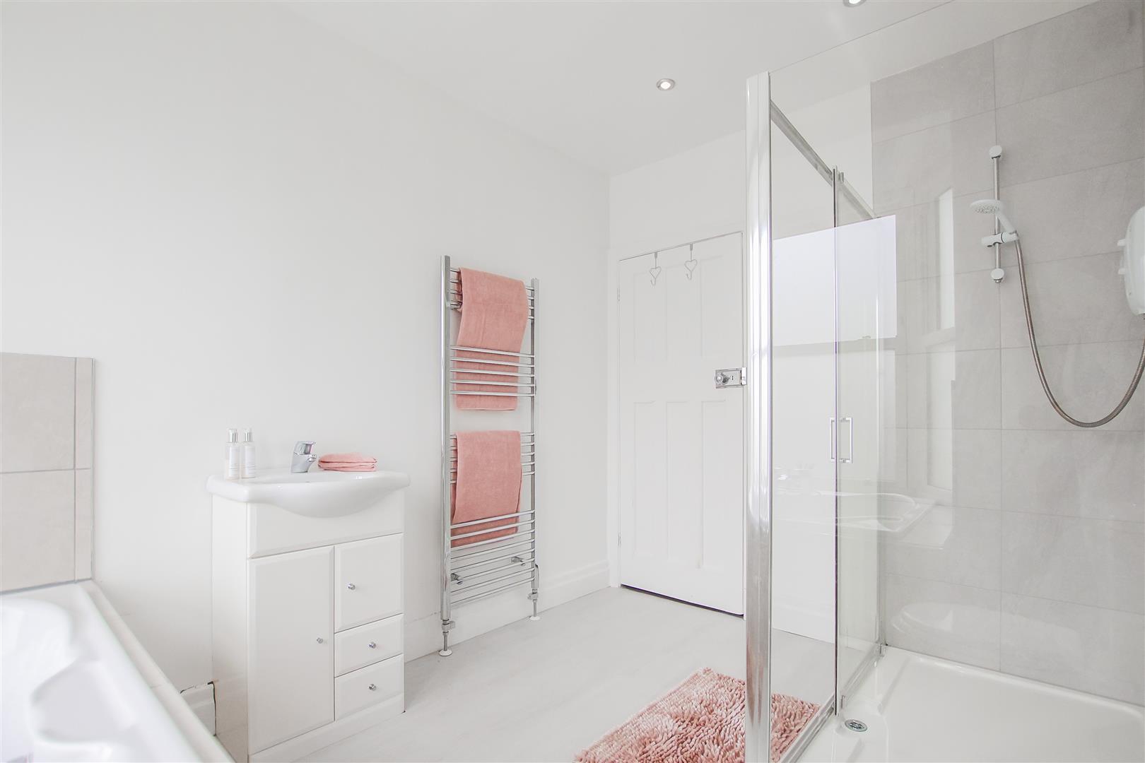 4 Bedroom Detached House For Sale - Image 63